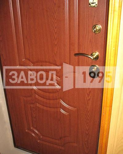 двери входные с напылением и мдф